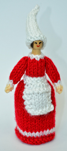 4 peg knitting doll instructions video