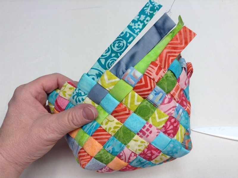 how to weave a bag on a box instructions