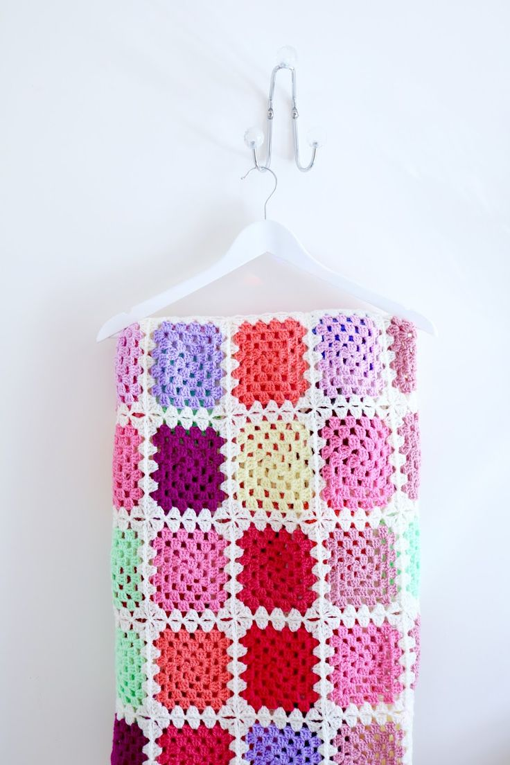 printed instructions for making a crochet granny square
